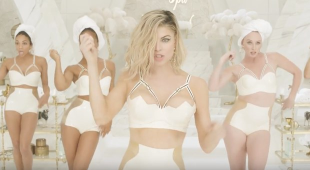 fergie-milf-money-video